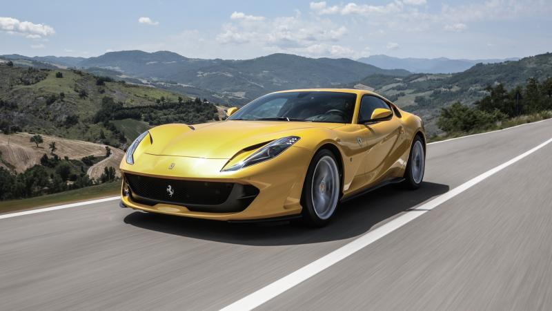H Ferrari ετοιμάζει νέο υβριδικό μοντέλο   carandmotor.gr